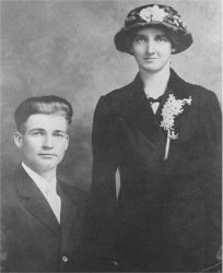 Robert Fitzhugh Lee and Harriet Elizabeth Smoot Wedding 1916